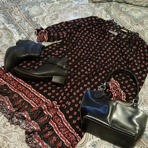Cute and feminine ruffle dress for summer